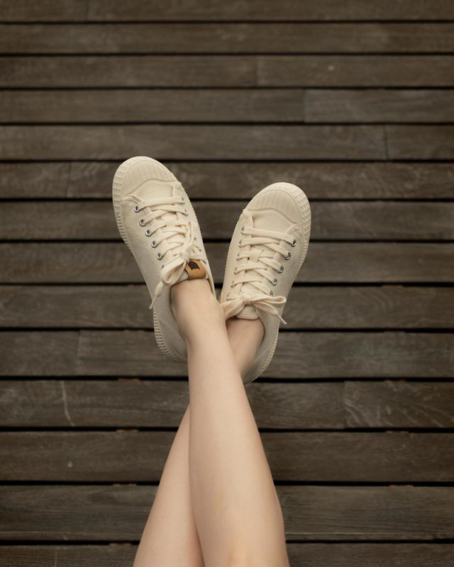 Sitting on the dock of the bay…  •Made In The Neighborhood• ®️RIVA SAIL WHITE®️ www.thecutproject.com . #leathersneakers #vulcanizedsneakers #whitesneakers #thecutproject #thecutprojectshoes #womensneakers #womenshoes #sneakers #luxuryshoes #madeintheneighborhood ©️THE CUT PROJECT©️